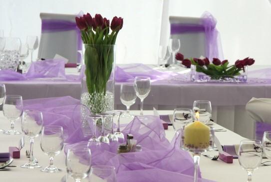 Ako vyzdobiť stol na oslavu